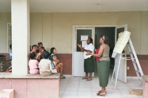 Maria Luisa and Angelita teaching the kids