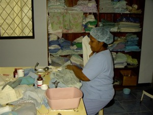 Angelita wrapping instruments to be sterilized.